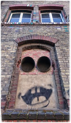 Berlineransichten Faces In Places Smileyfaces Onthewall Building Exterior Outdoors