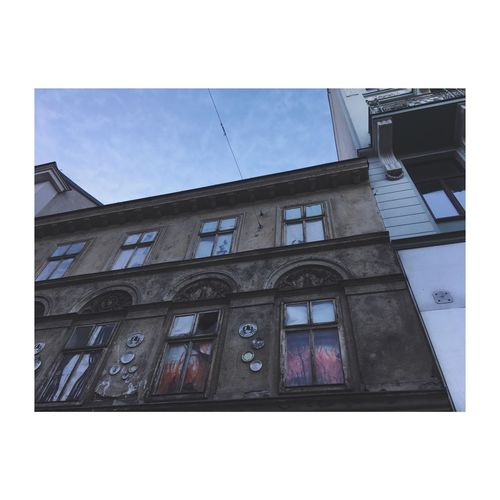 Fire. Vienna Buildings Streetphotography Architecture Fire And Flames Windows_aroundtheworld Lookingup