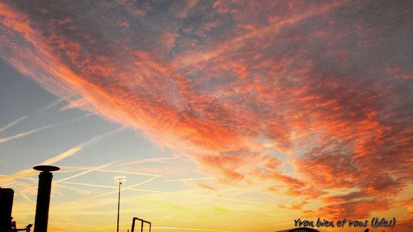 sunrise Sunrise Airport Yvonbien Sky Cloud - Sky Colors France Dramatic Sky Sky Travel Cloud - Sky No People Nature Travel Destinations