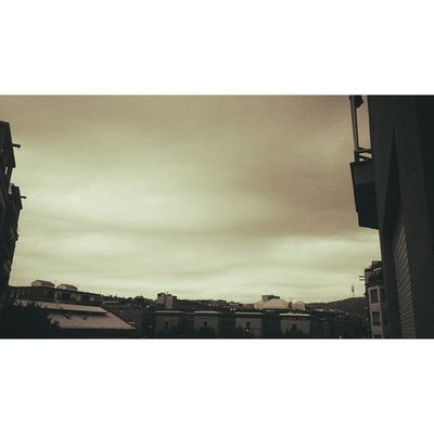 Redink Morning InTheMorning Clouds cloudy sky colorless style vintage barcelona nice cute beauty beautiful homes buildings like4like follow4follow followme instamoment