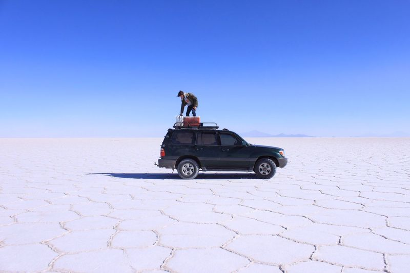 The Drive Hard to believe to break down in the middle of the Salar De Uyuni , in Bolivia . Fortunately, there'd be any gas left on the top. Desert Clear Sky Blue Outdoors Nature Landscape Check This Out Outdoor Photography Discovering Vscocam Vscogood Igers
