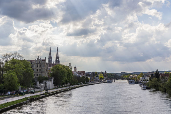 Regensburger Dom Architecture ARTsbyXD Bayern Beautiful Built Structure Church City Cityscape Cloud - Sky Clouds And Sky Deutschland Germany History Landscape Panorama Place Of Worship Regensburg River Sky Streetphotography Sunrise The Great Outdoors - 2017 EyeEm Awards Travel Destinations Waterfront Xd_arts