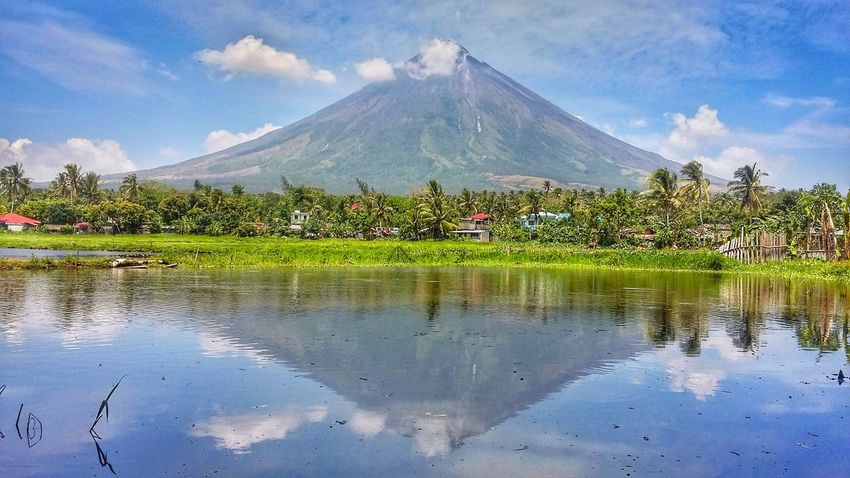 Sumlang lake Reflection Lake Landscape Water Cloud - Sky Mountain Nature Outdoors Sky Beauty In Nature Mayon Volcano Philippines Beauty In Nature Albay,Philippines Nature Mayon Mayon Volcano Nature Photography Lake View Albay Naturelovers Mayonvolcano EyeEm Best Shots Reflection_collection Reflections In The Water