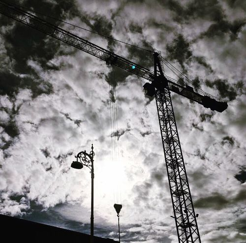 Dublin Dublin, Ireland Dublin City Ireland Ireland🍀 Dublinphotography Photography Crane Crane - Construction Machinery Silhouette Silhouettes Sun Sunthroughclouds Cloud CloudPhotography Crazyclouds Blackandwhite Photography EyeEm Best Shots - Black + White Black And White IPhoneography Iphonephotography IPhone