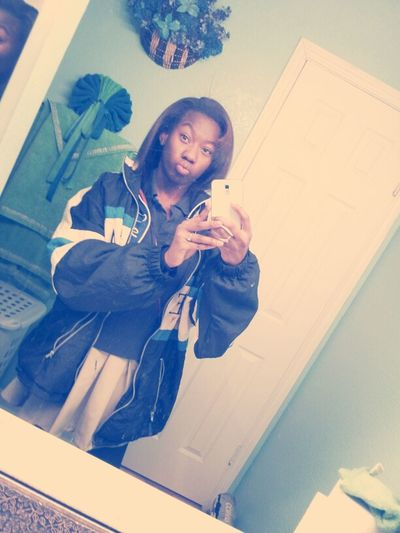 lol i got on this extra big jacket & stuff . but i be bored in the morning !
