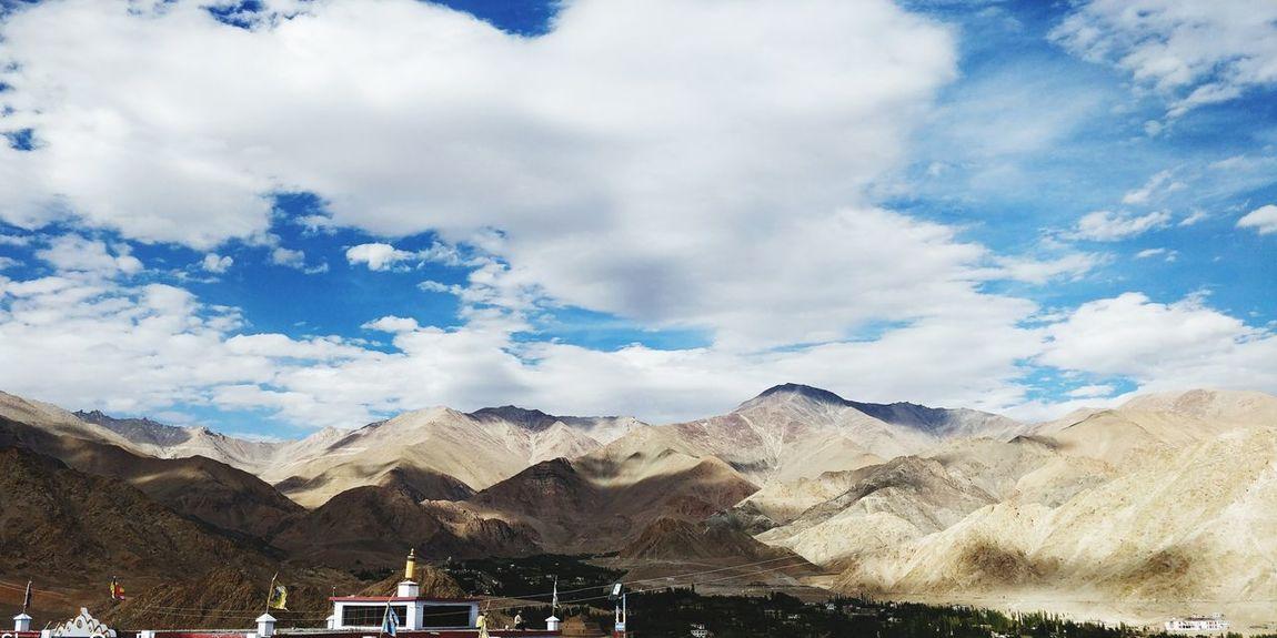 Leh Sky And Clouds Nature Leh India Cloud - Sky EyeEm Selects Mountain Desert Blue Sky Mountain Range Cloud - Sky Architecture Civilization Place Of Worship Farmland Religion Spirituality
