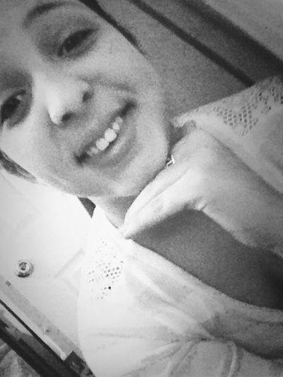 So bored someone txt me!!! ✌