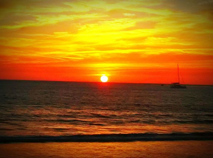 Orange By Motorola Sunset_collection Sunset #sun #clouds #skylovers #sky #nature #beautifulinnature #naturalbeauty #photography #landscape Sun_collection Orange Sky Sea Beachphotography