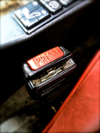 Bmwman Retro Bmw6 IPhoneography Retrocar Bmw Classic Car Car Interior Leather Words Instructions