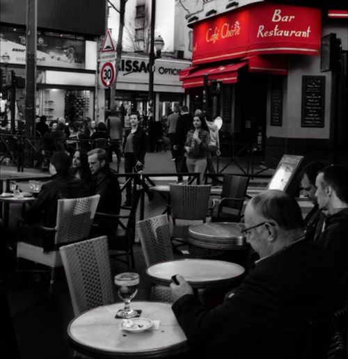 Last year this time..... RePicture Friendship Colorsplash_bw We Can Change The World Me, My Camera And I Streetphotography Ladyphotographerofthemonth Living On Borrowed Time Darkness And Light Hanging Out With Friends Bonjour Paris