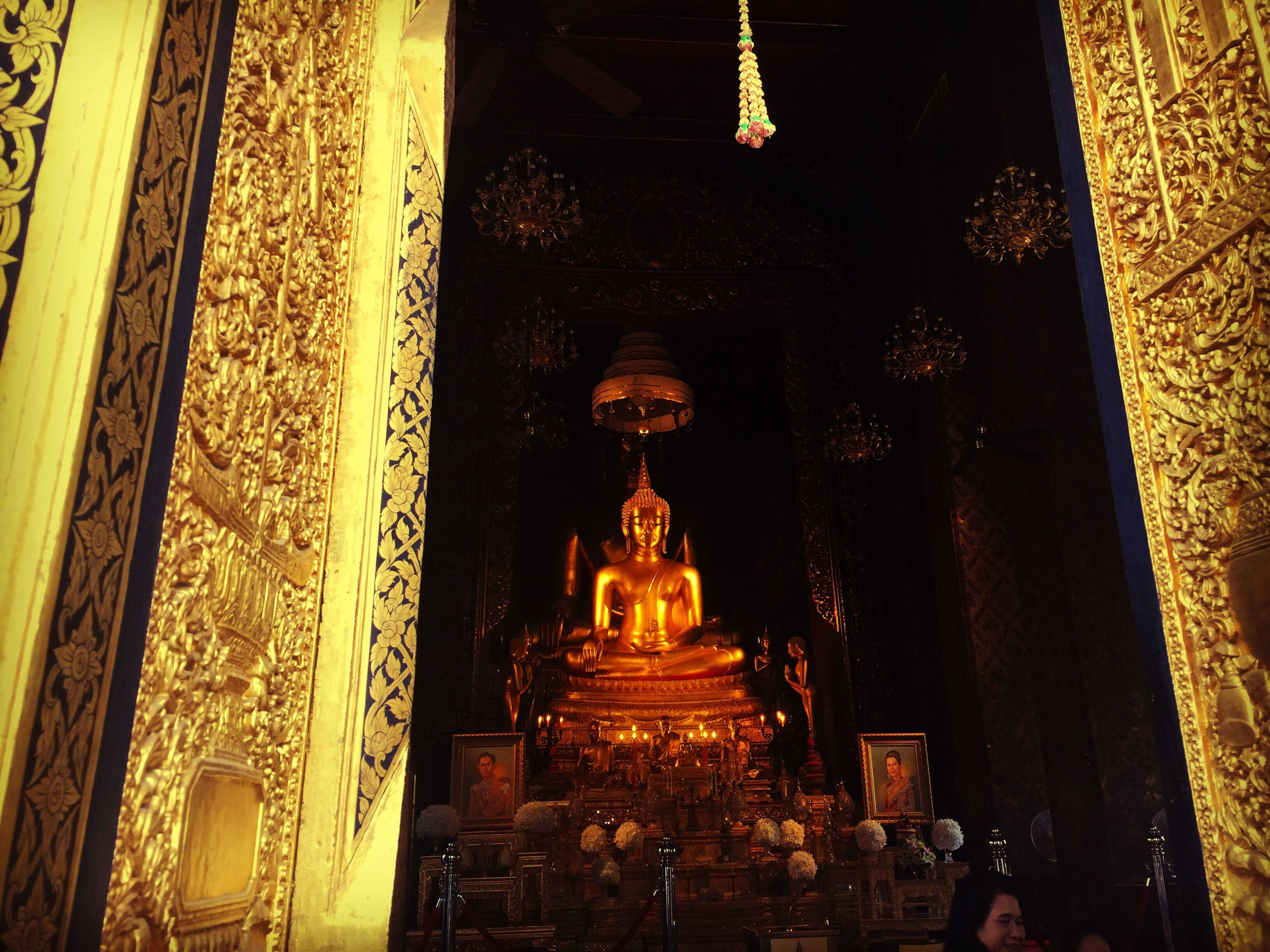 statue, human representation, religion, sculpture, spirituality, place of worship, gold colored, history, indoors, architecture, no people, illuminated, day