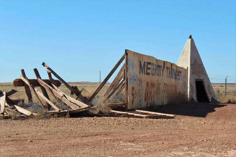 Abandoned Meteor City Trading Post along Route 66/I-40 in Arizona. Abandoned Appropriation Architecture Arizona Broken Built Structure Cement Clear Sky Damaged Desert Fence I-40 Native American Route 66 Southwest  Teepee Tourist Attraction  Trading Post