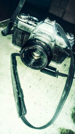 Oldcamera Canon_official Canonphotography CanonAT1 Giftsfromfamily Love Without Boundaries