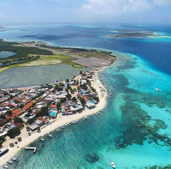 Los roques, Venezuela Aerial View Sea Water City Horizon Over Water Coastline Outdoors Day Scenics Building Exterior Sky Architecture No People Nature