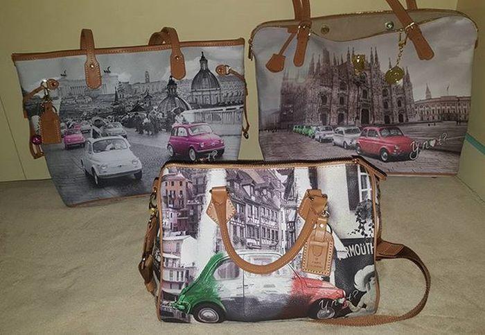 You can see I love vintage Fiat 500, can't you?!? 😁😁😁 non si vede mica che adoro le 500 vintage!?! 😆😆 le versioni di stampe con Roma, Milano e Torino.. Ynot Ynotbag Borsaynot MadeinItaly Loves_madeinitaly Borsa Börse Bagaddiction Bagaddicted Italianbags Fashion Italianfashion Italianstyle Ynotaddiction Ditanoprofumeria Silvanaaccessorimoda Raguso1963 Parlatobags Moda InstaBag Y_not