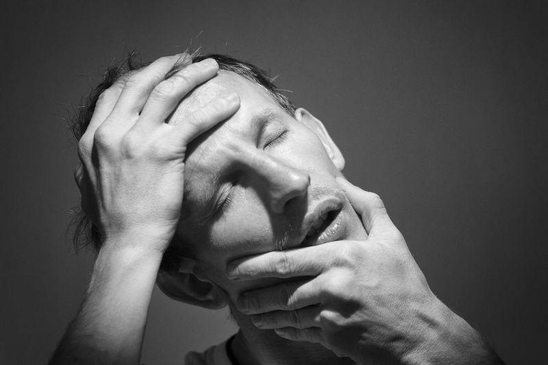 "OBJECT 2 6/7 From the project ""OBJECT""/ фотография из проекта «ОБЪЕКТ». 6/7. ОБЪЕКТ 2. Леонид Баранов. «Драма» — 25-ти минутный фотосет-импровизация. Подробности — https://vk.com/public42897862?w=wall-42897862_82 Adult Close-up Depression - Sadness Eyes Closed  Headache Human Body Part Human Face Human Hand Men One Man Only One Person Real People Sadness Studio Shot"