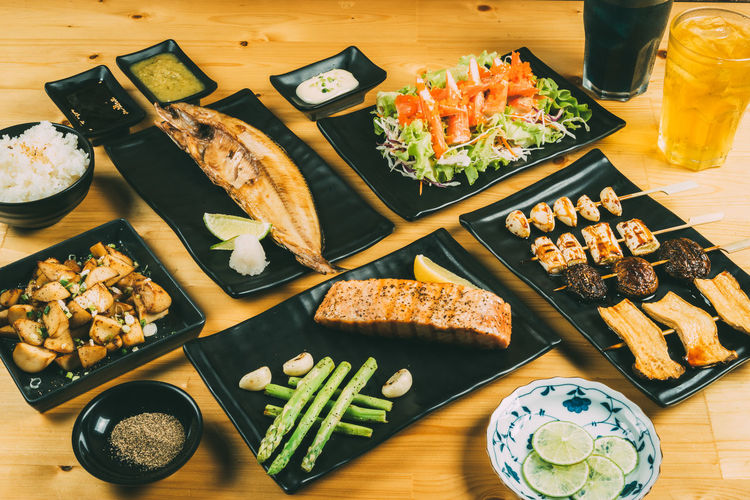 Dinner Food And Drink Japanese Food KANI Meal Bowl Fish Foodphotography Glass Grilled Healthy Food Lifestyles Lime Plate Salmon Table Vegetable Wood - Material