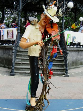 Alebrije 🎭🎨🐥🎻🎼Adults Only Retail  Hanging Day Adult Arts Culture And Entertainment Musician Musicians Life Artmexican Art Gallery Arte Artgallery Only Men Human Body Part Human Hand Tranquility Beauty In Nature Men Tranquil Scene