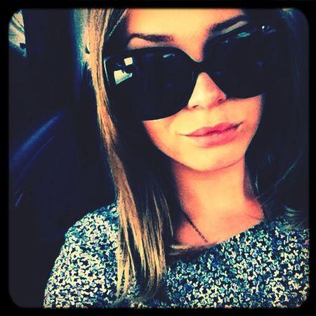 )))) Hello World