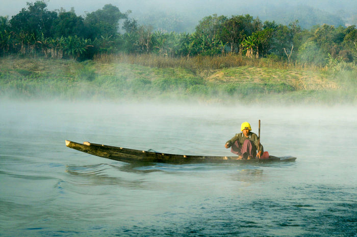 Boat Burma Chin State Early Morning Fog Mist Myanmar River Water