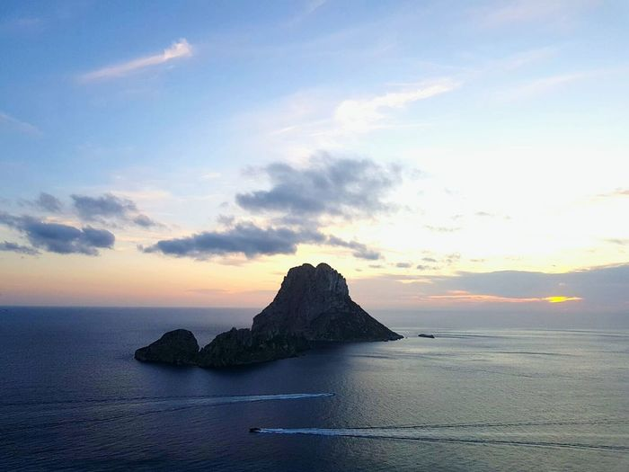 Es Vedra, Sunrise, Yellow, Orange, Scenic, Clouds, Beach, Sea Es Vedrá Ibiza Landscape Nature Travel Destinations Landscape Sea Horizon Over Water Water Cloud - Sky No People Sunset Outdoors Sky Day