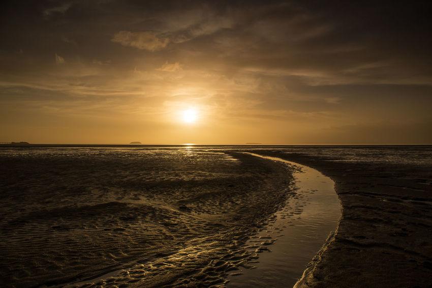 Somerset England Beach Beach Sunset Beauty In Nature Cloud - Sky Day Dusk Horizon Over Water Nature Nature Background No People Outdoors Sand Sandbay Scenics Sea Sky Sundown Sunset Sunset Sky Textured Beach Tranquil Scene Tranquility Uk Water