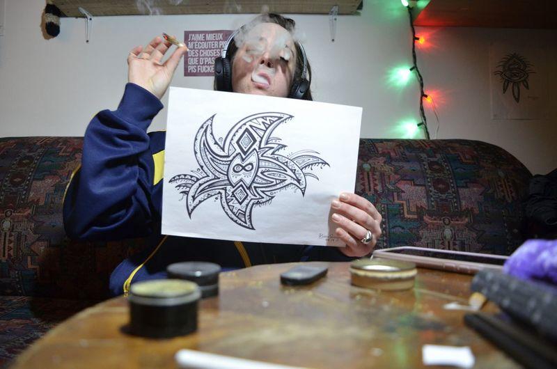 Paper Gray Hair Drawing - Art Product Drawing - Activity Crayon Drawn Sketch Drawing Pencil Drawing
