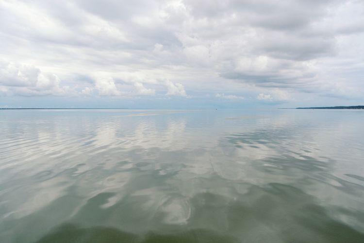 Water Sea Beach Reflection Idyllic Sky Landscape Cloud - Sky Horizon Over Water Seascape Ocean Wave Sky Only Standing Water