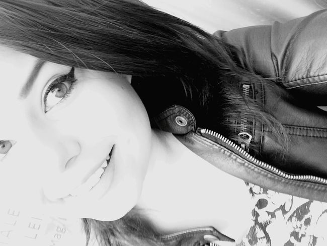 I'm In Love Boyfriend && Girlfriend ♡♥ Kiss :* Boyfriend❤ Thinking About You - ILoveYou.♡ Sohappyrightnow Inarelationship Iwanttokissyou Kiss Me