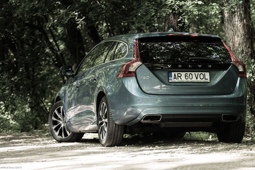 Car Transportation Tree Outdoors No People Day Nature Session Photography Photoshoot Nature Headlight Nikonphotography Tamron Volvo Volvocars