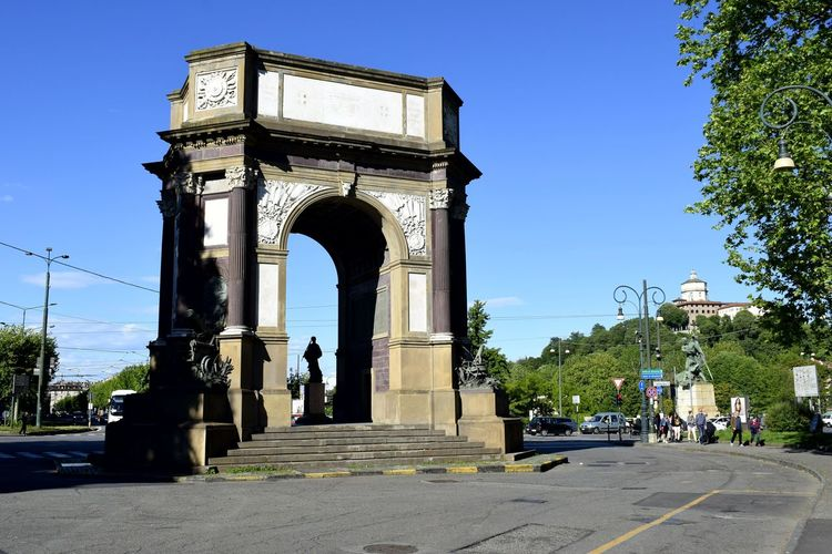 Triumphal Arch History Arch Gate Travel Destinations Monument Architecture Built Structure Travel Sky Day Outdoors Statue Sculpture Blue Clear Sky City No People King - Royal Person EyeEmNewHere EyeEm Best Shots EyeEm Best Shots - Landscape Clear Sky Architecture