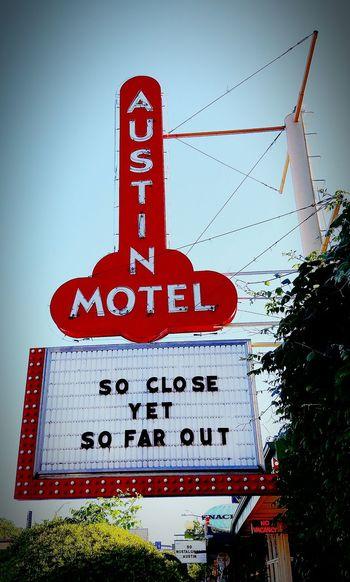 Austin Hanging Out Taking Photos Enjoying Life Hotel Sign Tourism