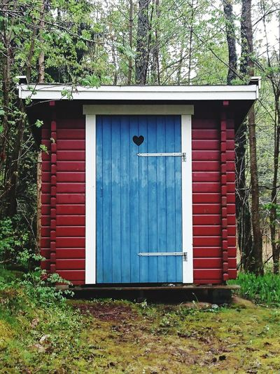 Outhouse In The Middle Of Nowhere Red Timbered Trees Nature Nature_collection Outdoor Photography Outdoors Documenting Swedich East-coast Landscapes Countryside Uppland  The Great Outdoors - 2016 EyeEm Awards Landscape_photography Landscape_Collection Built Structure Blue Heart The Architect - 2016 EyeEm Awards Home Is Where The Art Is This Is Sweden Architectural Detail Landscape Color Of Life Naturelovers Minimalist Architecture The Secret Spaces The Great Outdoors - 2017 EyeEm Awards The Architect - 2017 EyeEm Awards BYOPaper! #FREIHEITBERLIN
