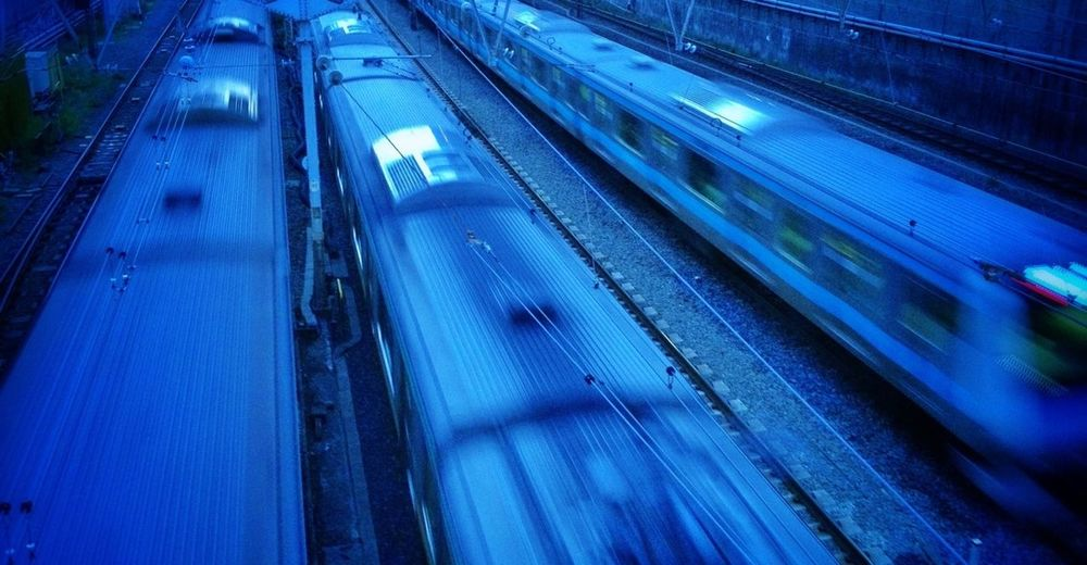 2013.05.02 電車 IPhoneography Evening Train Blue