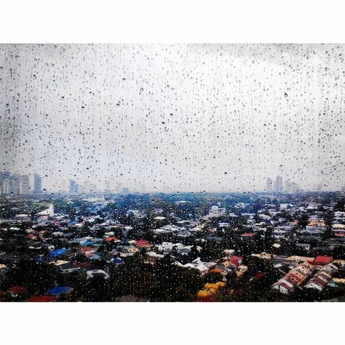 Rainy Monday at work. Stay safe and dry! Eastwood Mdc100