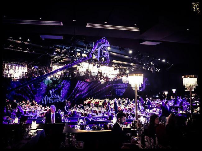 Lido Paris Illuminated Popular Music Concert Spectacle Globesdecristal Repas Night Cérémonie