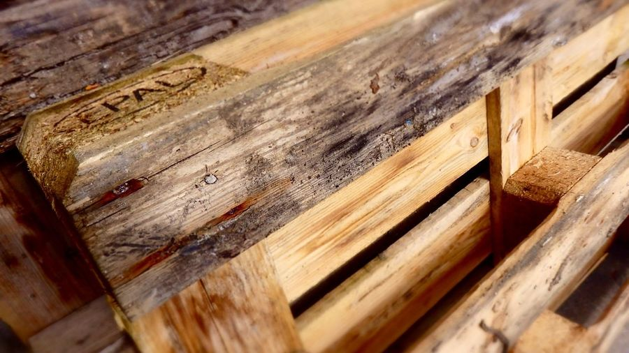 Euro Pallet Wood Angle