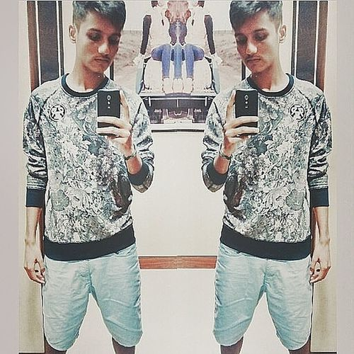 Snap The Mirror. Hello World Check This Out Mirrorselfie
