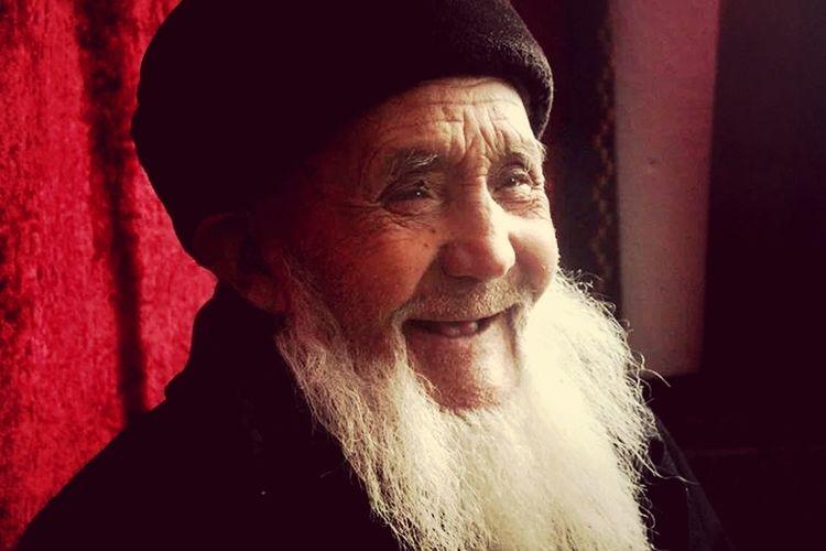 Van Villige Ali Muhammed Han Old Man Ulupamir