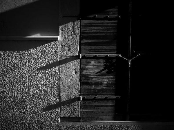 The City Light Blackandwhite Photography Daylight Lifestyles Mood No People Raking Light Shadows Texture The City Light Urban