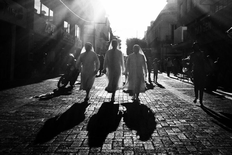Walking Sunlight Shadow Street Monochrome Streetphoto_bw B&w Street Photography Blackandwhite Photography Black & White Streetphotography City Street Street Photography Streetphoto Street Photo City Life Street Portrait Blackandwhite Lifestyles Streetphotography_bw Street Life Lens Flare Crowd City Life The Street Photographer - 2017 EyeEm Awards