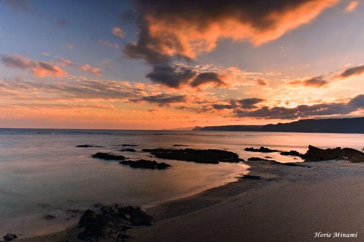 奄美大島 奄美大島 Sunset EyeEmNewHere EyeEm Best Shots Sunset Beach Sea Sky Water Scenics Tranquility No People Beauty In Nature Horizon Over Water