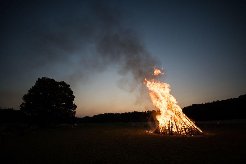 Germany Nikon D810 Zeiss Distagon 2.8/15 ZE Bavaria Bonfire Flames Midsummer Midsummer Night Sonnwendfeier Sonnwendfeuer Burning Fire Night Outdoors Smoke - Physical Structure