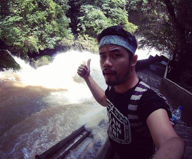 At the top of Bantimurung waterfall.. Waterfall Traveling INDONESIA Couchsurfing Trip Adventure Paradaise Roadtrip Jalan2man Jalanjalan Visitindonesia Explore Waterfall Cave Makassar Maros  Sulawesi Freedome  Play Main