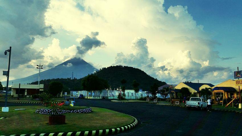 Cloudshots Mayon Volcano Legazpi City
