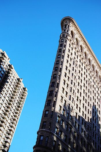 Built Structure Flatiron Building City Life Building Exterior TakeoverContrast Skyscraper Architecture EyeEm Gallery EyeEm Best Shots Eye4photography  Canonphotography EyeEm Masterclass Open Edit Snapshots Of Life Discover Your City I Love My City Urban Lifestyle No People City Life Minimalist Architecture Mix Yourself A Good Time
