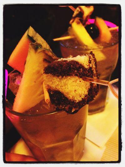 Caipi mit Kuchen-Garnitur?! Naja, why not... :D