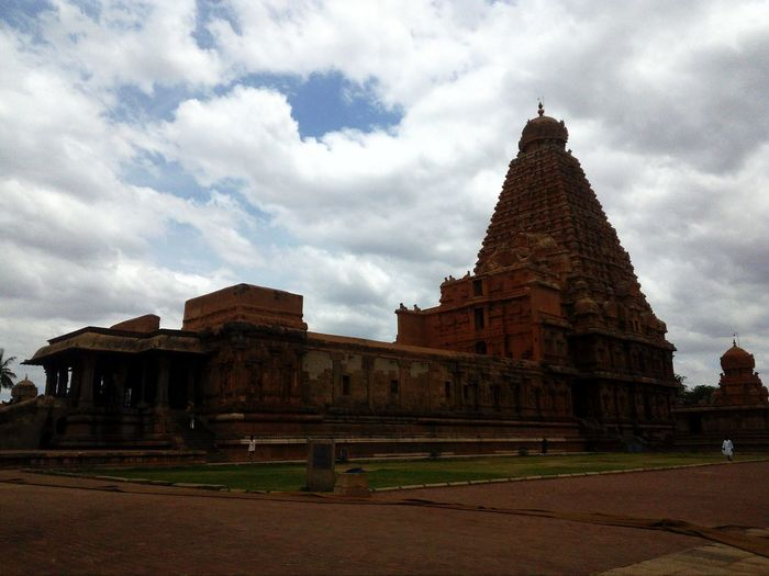 The Temple Shivji Beautiful Sky And Clouds