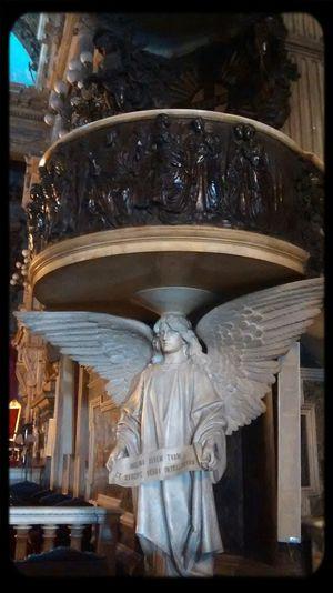 1600 d.c Church Angel Beautiful Architecture