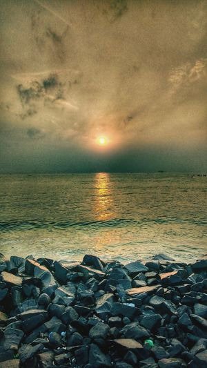 Horizon Over Water Beach Sea Sun Landscape Nature RockBeach Pondicherry Roc Beach Serene Beautiful Grandeur Pondicherry Sunset Dramatic Sky Cloud - Sky Sand Sky Water Outdoors Beauty In Nature Sunlight Vacations Tranquility Sunny Tourism Awe